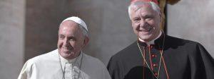 papst-franziskus-und-kardinal-gerhard-ludwig-mueller